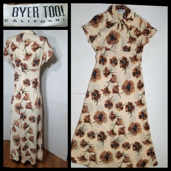 Byer Too! Dresses & Skirts - ..💕[BYER TOO!]💕Maxi Brown Floral Dress